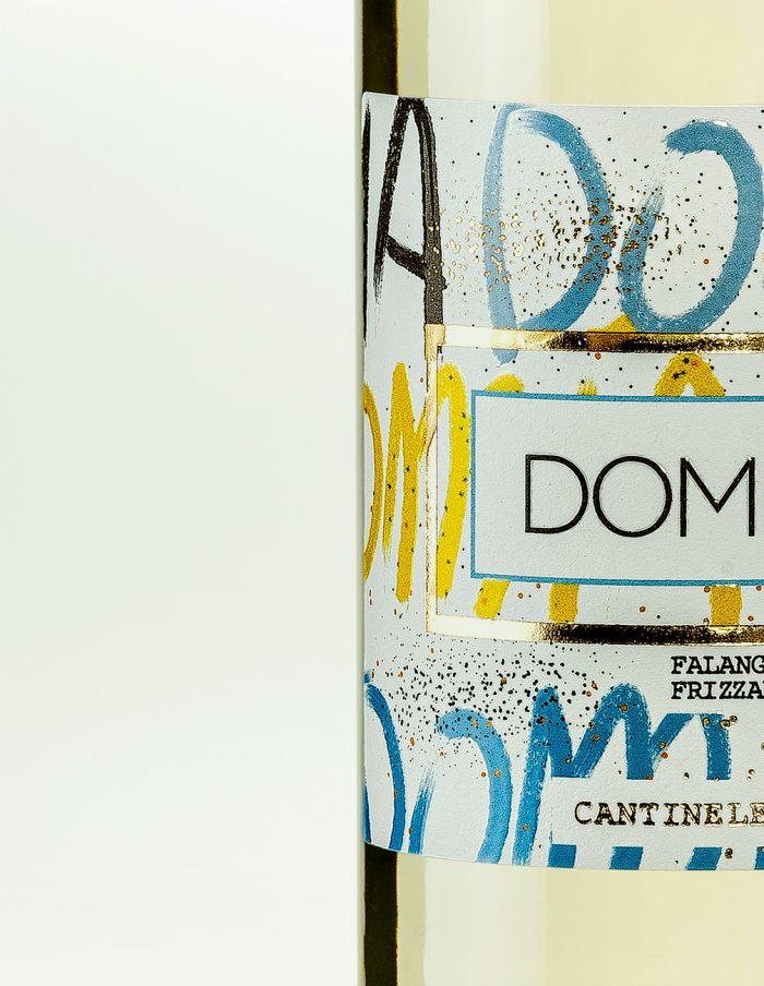 domia-bianco-frizzante-cantineLeGrotte-02